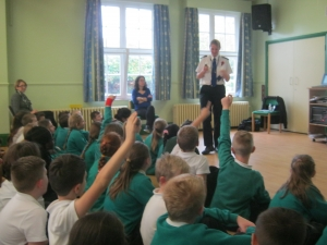 Year 5 PCSO Vist - Garlinge Primary School